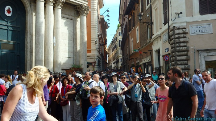 Springtime crowds at Trevi Fountain